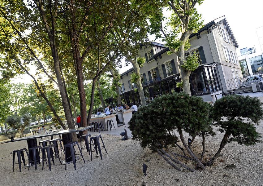Grand format lyon en terrasses les immanquables de l 39 t for La maison lyon