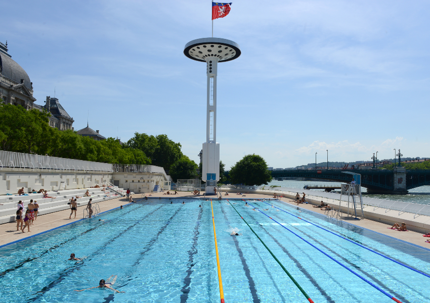 Piscine hiver lyon for Centre claude robillard piscine horaire